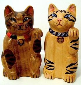 carved_wooden_neko